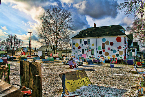 Heidelberg Project - The Dot House 2 by Mike Darga.