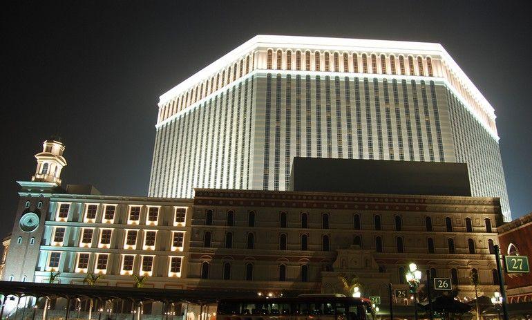 [Venetian-Casino-01.jpg]