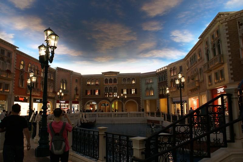 [Venetian-Casino-23.jpg]