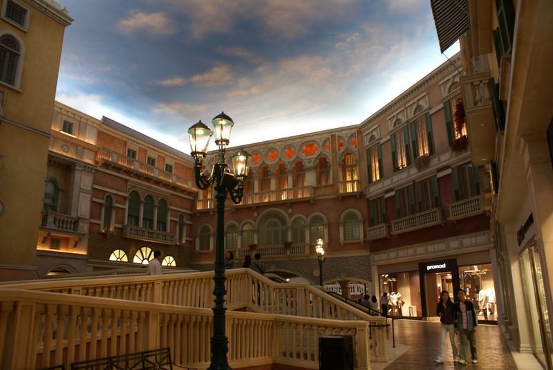 [Venetian-Casino-24.jpg]
