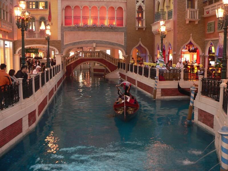 [Venetian-Casino-26.jpg]