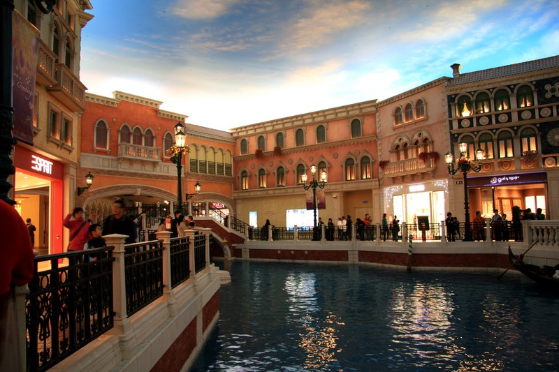 [Venetian-Casino-27.jpg]