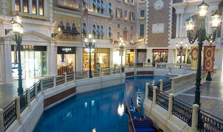 [Venetian-Casino-03.jpg]