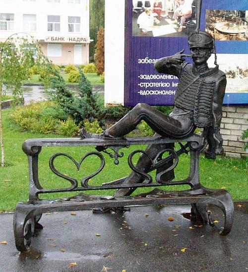 Памятник поручику Ржевскому в Павлодаре