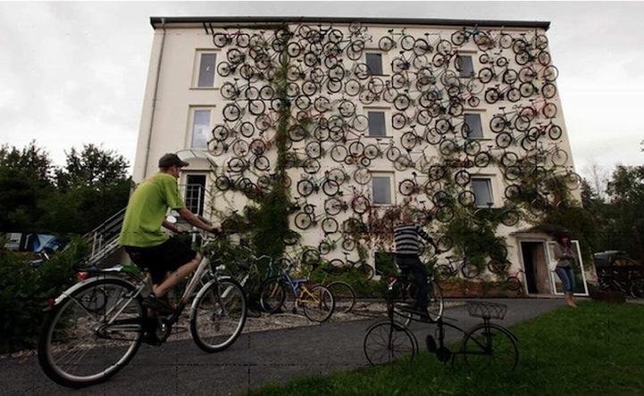 interesnyie faktyi  Стена из велосипедов