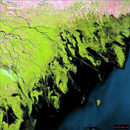 Дельта Волги - Россия спутниковое фото