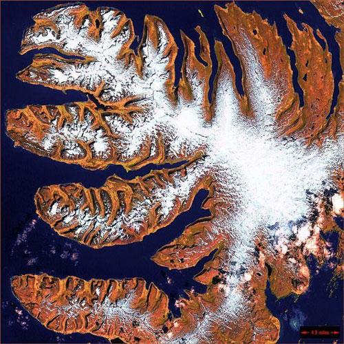 Фьорды - Исландия спутниковое фото