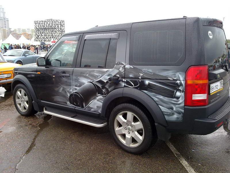 С 25 граффити автомобили России