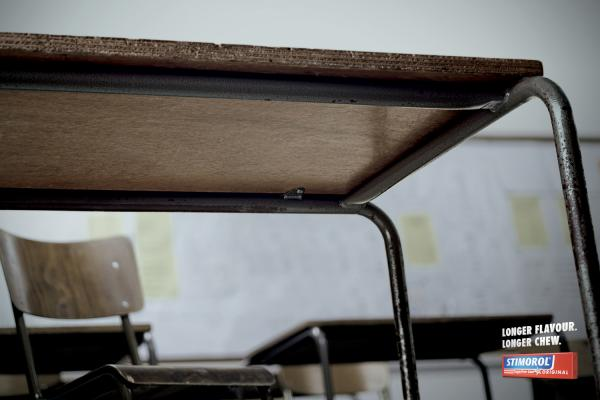Stimorol: School Desk     , Stimorol, Ogilvy Cape Town, Печатная реклама
