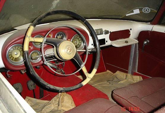 Интерьер Alfa Romeo.