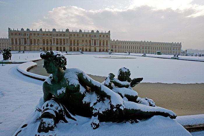 interesnyie faktyi  Зимние забавы в летнем Версале