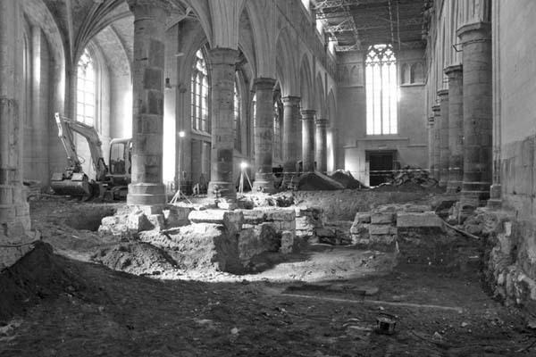 2. Церковь превратили в библиотеку
