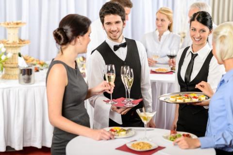 Картинки по запросу официанты